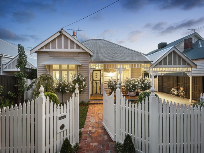 Weatherboard houses for sale the stylist splash for Weatherboard house designs